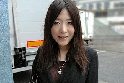 プラチナ 池谷理穂 23歳