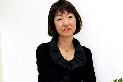 石井由紀子 48歳