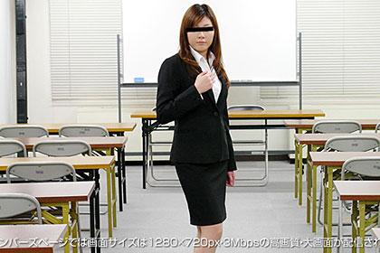 同僚に見つかるかもしれない!?社内SEX!!京子 24歳