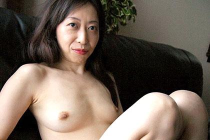 濃厚交尾 40代人妻 大内晴江