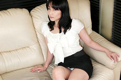 スッピン熟女 〜秘密のアルバイト〜千藤すず