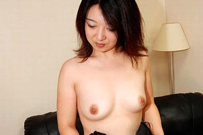気品溢れる人妻の隠された肉欲 田尻奈穂
