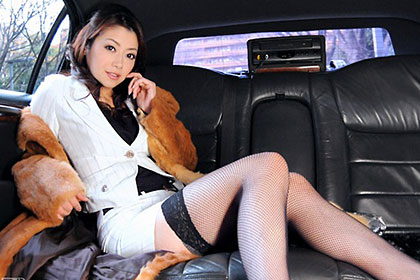 極上セレブ婦人と運転手 北条麻妃